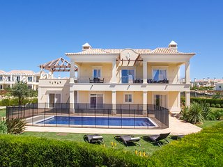 4 bedroom Villa in Sagres, Faro, Portugal : ref 5676518