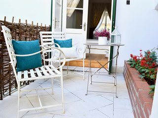 Tranquil stylish Old Town Haven with patio.