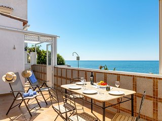 2 bedroom Villa in Estepona, Andalusia, Spain - 5546187