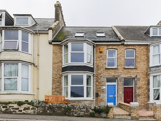 Large seaside house, in the heart of Newquay, sleeps 11, fantastic sea views.
