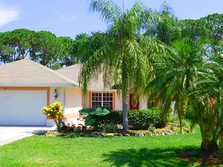 NEW LISTING SPECIAL: Pool/Spa Home $135 in October, Five Minutes to Bonita Beach