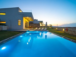 Iskios Luxury Seaview Villa, Agia Marina Chania