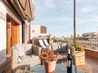 1 bedroom private rooftop terrace with Free Wi-Fi