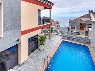 Villa KizasKaro Ideal Familias,Wifi,Edif.Nuevo y Mobiliario Nuevo,Lujo,Relax,