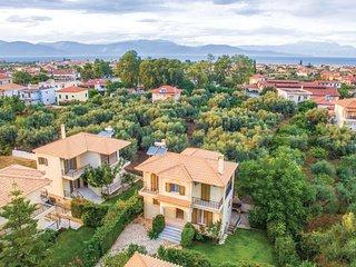4 bedroom Villa in Diakopto, West Greece, Greece : ref 5673365