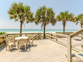 Premier Townhouse - On the Beach!