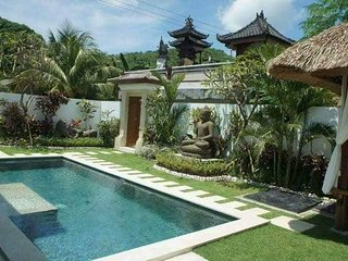 2 Villas side by side 4 bedrooms, 4 bathrooms, 2 swimming pools