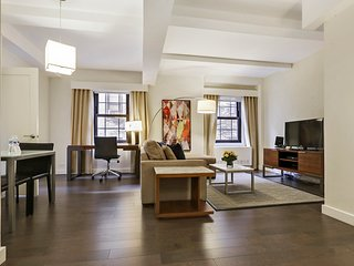 Beekman Tower One Bedroom Executive Suite, Full Kitchen