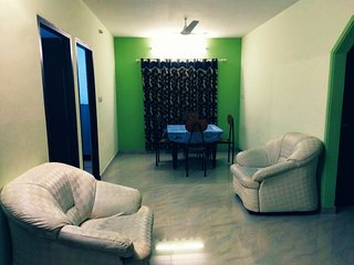 2 bhk air-conditioned home near lakeshore hospital