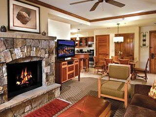 Valdoro 3BR Christmas Wk At in Breck, Steps from Slopes, Hilton Property