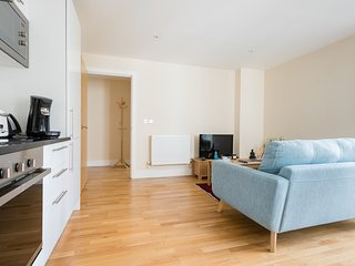 2 Bed Flat | Canary Wharf | Isle Of Dogs