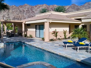 PGA West resort with private pool/spa, 2BR casita, mountain & golf course view