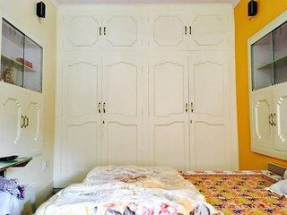 Panna Vilas(Mickey & Mini): 2 Bedrooms(interconctd) with bath for 4+ party size!