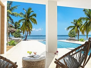 WINTER SPECIAL - Balinese-inspired luxurious 6 bedroom plus den with 6.5 bath