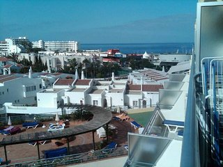 Costa Adeje 1 Bed Apt with Pool & Sea View