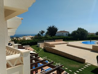 Fantastic  2 Bed Townhouse with Sea View and overlooking Albufeira Marina