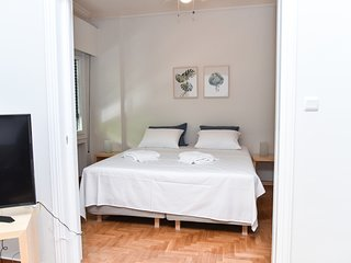 (A) . Modern Apartment in the centre of Athens