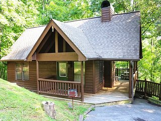 Acorn Ridge is a beautifully decorated two bedroom, two bath chalet.