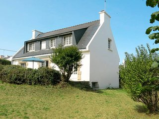 6 bedroom Villa in Saint-Gildas-de-Rhuys, Brittany, France : ref 5676444