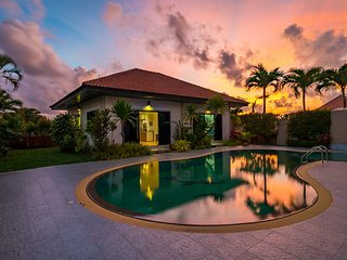 Convenient pool villa in quiet location, near Laguna, Boat avenue. Pasak3