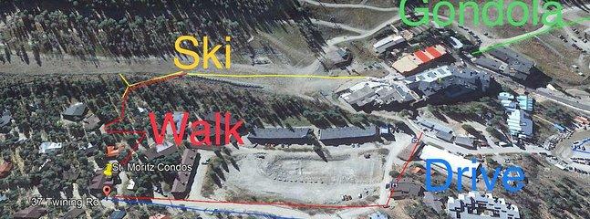 Mapas marcados de sendero para caminar y esquiar hasta la base y Kid's Center