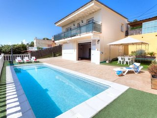3 bedroom Villa in Caules, Catalonia, Spain : ref 5676648