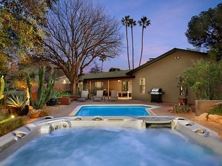 Best Location in Scottsdale - Walk to Best Attractions in Old Town Scottsdale