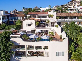 Casa Tabachin - Historic Luxury Vacation Villa in Puerto Vallarta