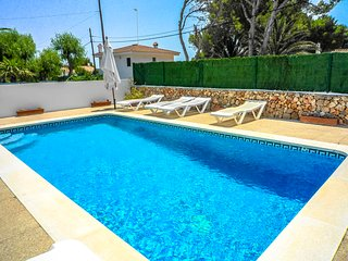 Catalunya Casas: VIlla Gato for 6 people, only 200m from Menorca's beautiful bea