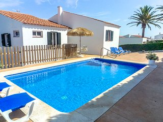 Catalunya Casas: Villa Fera for 9 guests, with water views, 4km to Menorca beach