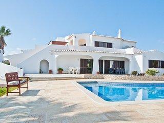 Holiday villa in Porches, Algarve