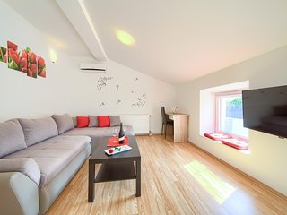 Modern Apartments Muciceva ravan 3