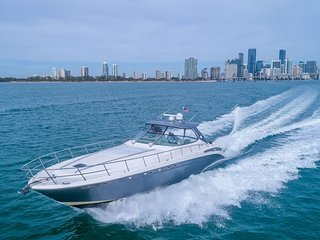 54' Sea Ray - Yacht Party Rental!