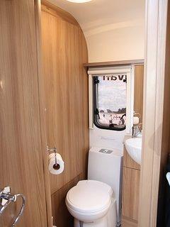 Wonderful 2, 4, 6 berth self contained caravans from NZ4u2u Modern luxury caravan hire