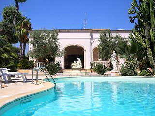 5 bedroom Villa in Fasano, Apulia, Italy : ref 5228849