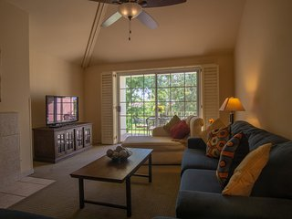 September and October specials,Fantastic 2 bedroom Condo in Palm Desert.
