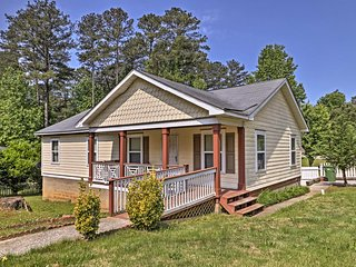 NEW! Atlanta Home w/ Porch - 7 Miles to Downtown!