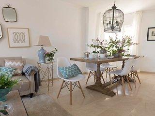Málaga Holiday Apartment 22053