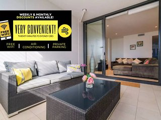 Sydney Strathfield 2 BR w Parking Spectacular Holiday Home