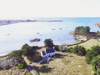 Villa bord de plage et mer, vue et acces mer - Bretagne finistere - jacuzzi