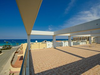 Cyprus In The Sun Apartment On The Beach 02 Platinum