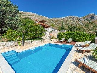 3 bedroom Villa in Mlini, Dubrovačko-Neretvanska Županija, Croatia : ref 5677718