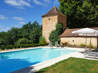 5 bedroom Villa in Saint-Avit-de-Vialard, Nouvelle-Aquitaine, France : ref 56777