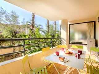 2 bedroom Apartment in Saint-Raphael, Provence-Alpes-Cote d'Azur, France : ref 5