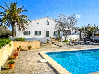 Catalunya Casas: Villa Gabby up to 11 guests, only 6km to the beach!