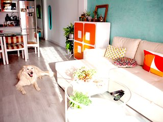 Costa Tropical/Playa Nudista/Apartamento Renovado Chic/WIFI/Mascotas/Parking