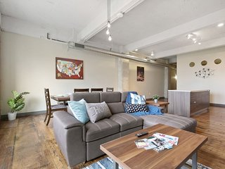 1BR Apt nxt to City Hot Spots