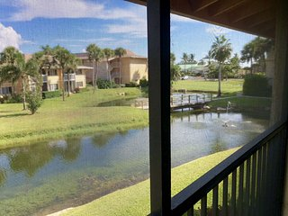 OV 1224 Pond/Fountain View Condo-Welcome to Paradise