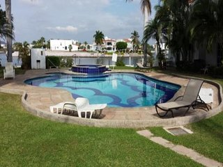 PEACEFULL GOLF AND MARINA EL CID HOUSE WITH A HEATED POOL