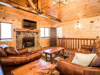 Renovated Log Home in Mass Resort! Hot Tub/FireTable/Pool Table & River Access